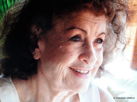 Irene Companeez, une voix en exil
