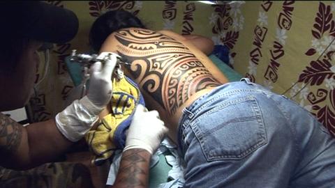 Tatau : le renouveau du tatouage