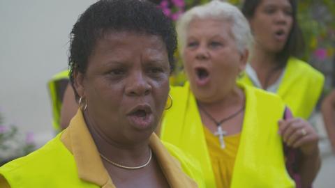 THE WOMEN IN YELLOW
